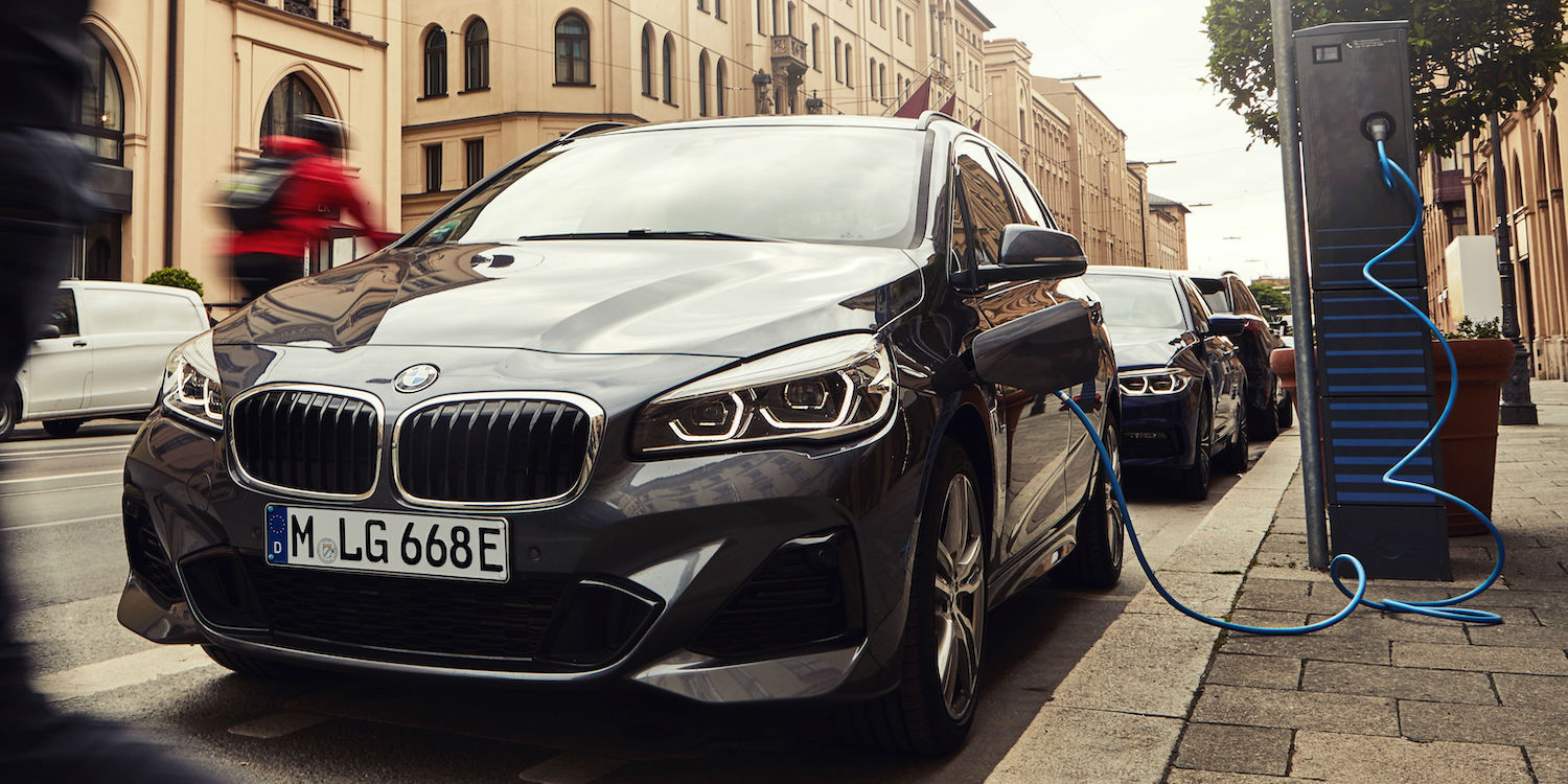 Bmw 225xe Phev Gets A Better Battery Electrive Com