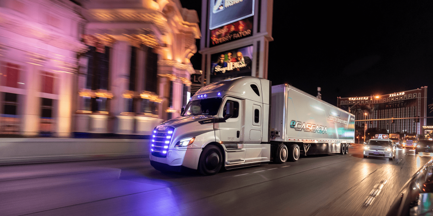 freightliner-ecascadia-e-lkw-electric-truck-2019-min