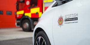 scottish-fire-and-rescue-service-renault-zoe-feuerwehr-fire-brigade-schottland-scotland-2019-03-min