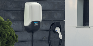 ford-ladestation-charging-station-wallbox-2019-01-min