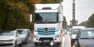mercedes-benz-eactros-e-lkw-electric-truck-2019-001-min