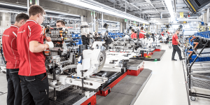 porsche-taycan-produktion-production-zuffenhausen-2019-min