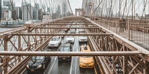usa-strasse-street-auto-cars-taxi-symbolbild-pixabay-min