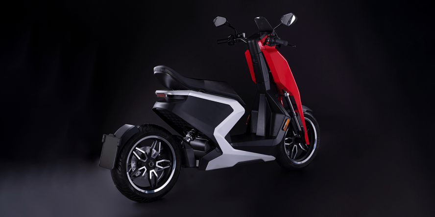 zapp-i300-e-roller-electric-scooter-2019-05-min