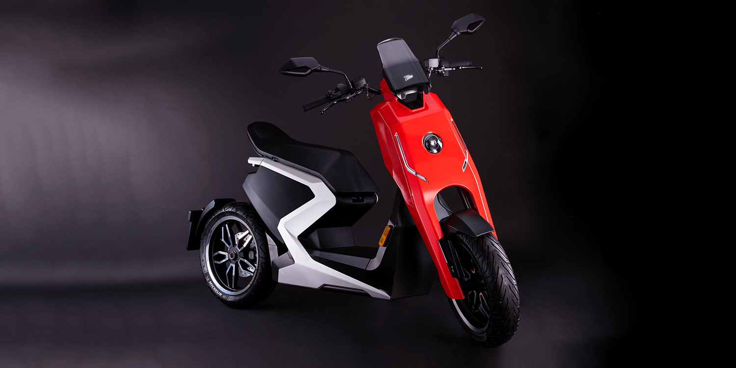 British Performance E Scooter Zapp I300 On Sale Now