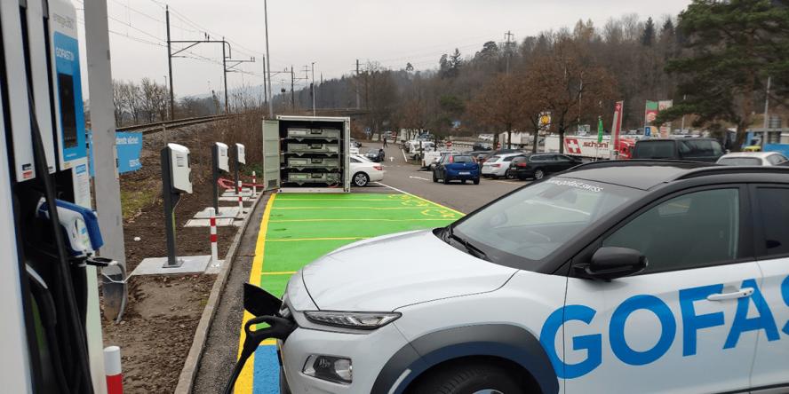 gotthard-fastcharge-gofast-wuerenlos-richtung-zuerich-schweiz-switzerland-ladestation-charging-station-2019-003-min