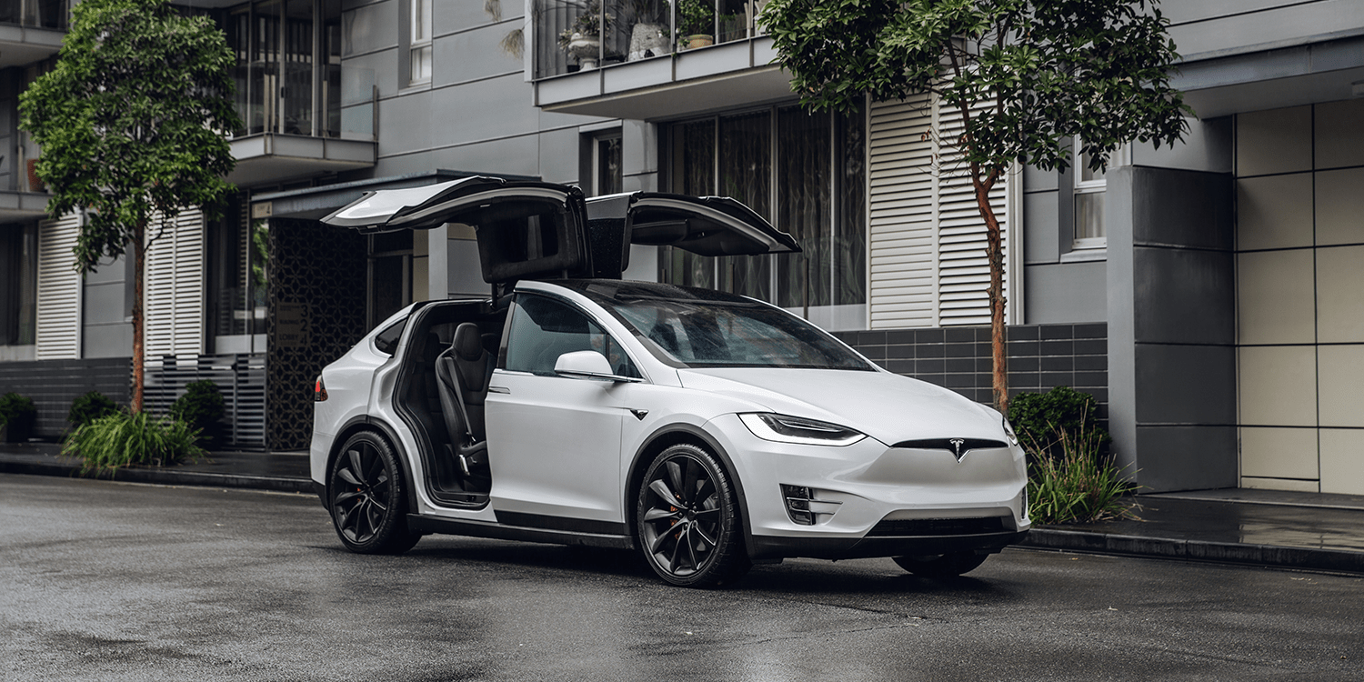 Model X to bring astronauts to the verge of space - www.electrive.com